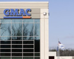 BLOOMBERG| GMAC STOPS FORECLOSURES NATIONWIDE IN 23 STATES
