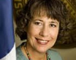 FDIC Chairman Sheila C. Bair Addresses Robo-Signers