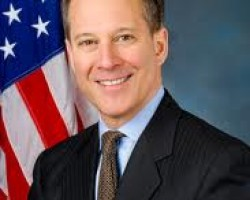Attorney General of N.Y. Is Said to Face Pressure on Bank Foreclosure Deal
