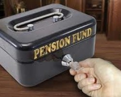 White House and Tom Miller want pension funds to pay part of the Foreclosure Fraud settlement instead of banks – FT