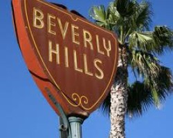 REUTERS FEATURE-The U.S. foreclosure crisis, Beverly Hills-style