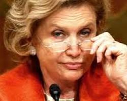 Gretchen Morgenson: Lawmaker Carolyn Maloney Seeks Details on Foreclosure Reviews