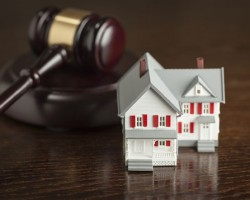 Higgins v. DYCK-O'NEAL, INC. | FL 1st DCA – Appellee was precluded from filing an action at law seeking damages based on Appellants' failure to satisfy their promissory note on the property at issue, because Appellees had filed a prior foreclosure action which included a prayer for a deficiency judgment