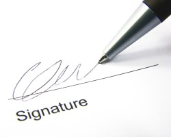 Is Asset Acceptance LLC forging purchase & assignment agreements? CFPB, FTC Check out VP Deborah Everly signatures!